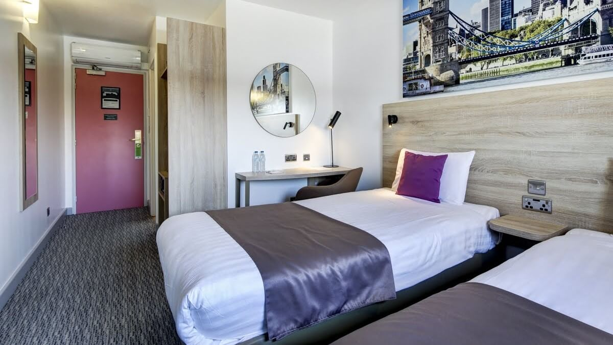 Ibis Styles MattChungPhoto lo-res (10)